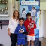 Midx Closed - Trophy Photo - Vickie w Alexander and Jackson Varanese (BU11)